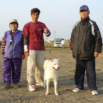 平成20年秋季本部展牡組全犬最優勝の記念撮影